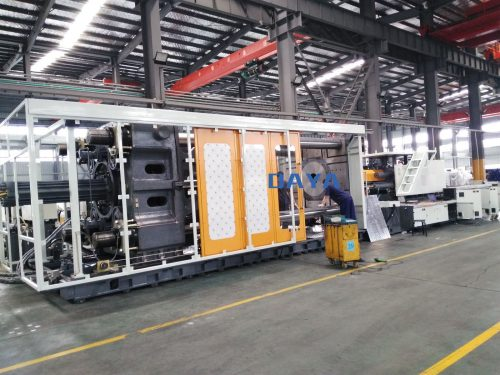 injection molding machine HXM2000