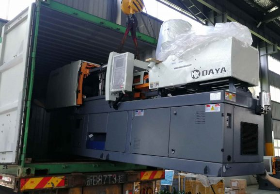 130 ton injection molding machine loading